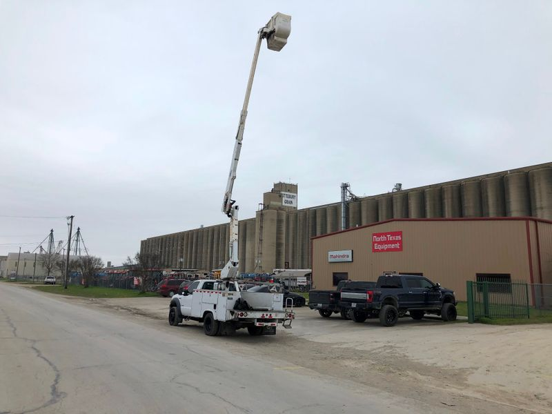 2006 Ford Super Duty F-550 DRW XL  city TX  North Texas Equipment  in Fort Worth, TX