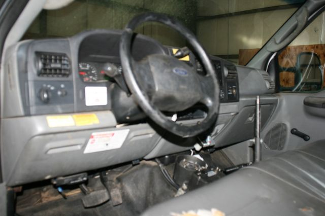 2006 Ford Super Duty F-550 DRW XLT Bucket Boom Houston, Texas 30