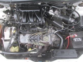 2006 Ford Taurus SE Gardena, California 14