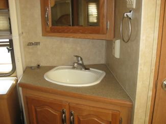 2006 Forest River Cardinal 29RK REDUCED! Odessa, Texas 10