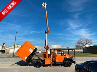 2006 GMC 5500 BUCKET TRUCK in Fort Worth, TX