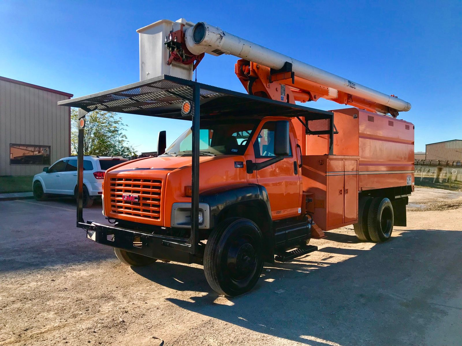 ... 2006 GMC 7500 FORESTRY BUCKET TRUCK city TX North Texas Equipment in  Fort Worth, ...