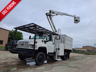 2006 GMC C5500 42' ALTEC 4X4 MINI FORESTRY / ARTICULATING  in Fort Worth, TX