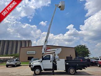 2006 GMC C5500 42' ALTEC ARTICULATING & TELESCOPIC FLATBED in Fort Worth, TX