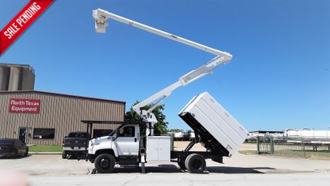 2006 GMC C7500 FORESTRY BUCKET CHIPPER BOX LOW MILES  PONY MOTOR 60FT ALTEC BOOM in Fort Worth, TX