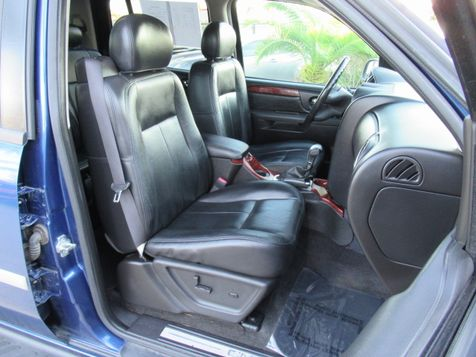 2006 GMC Envoy XL SLT | Houston, TX | American Auto Centers in Houston, TX