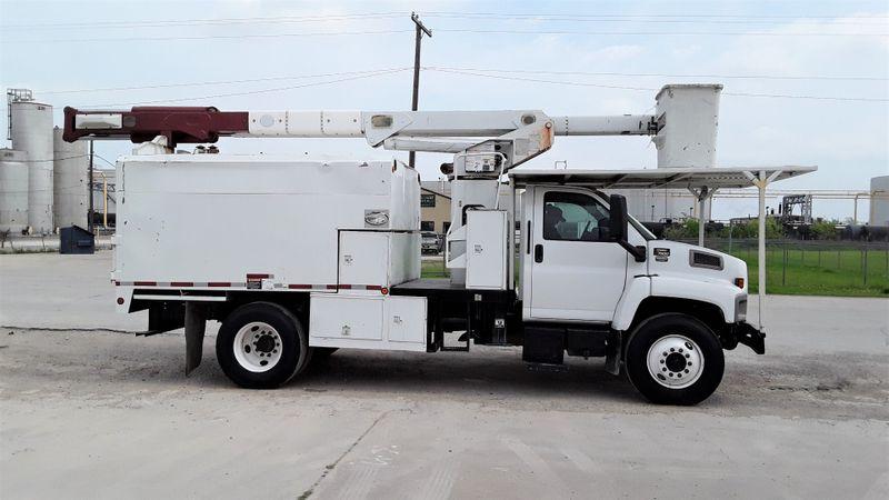 2006 GMC FORESTRY BUCKET  C7500 DURAMAX DIESEL 60FT TEREX LOW MILES TRUCK  city TX  North Texas Equipment  in Fort Worth, TX