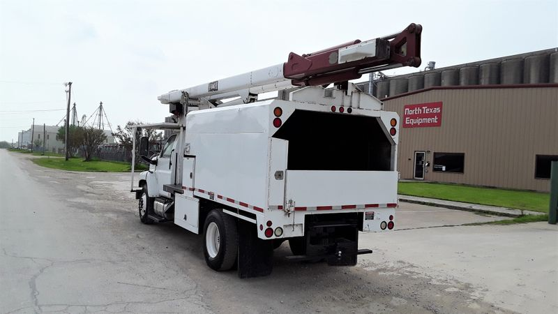 2006 GMC FORESTRY BUCKET  C7500 DURAMAX DIESEL 60FT TEREX LOW MILES TRUCK  city TX  North Texas Equipment  in Fort Worth, TX