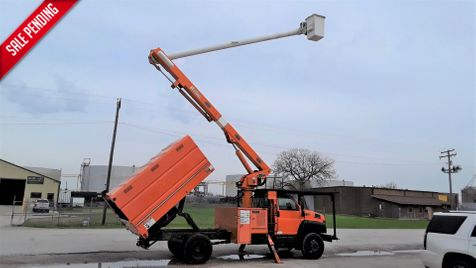 2006 GMC GMC C7500 FORESTRY TRUCK LOW MILES-PONY MOTOR-CHIPPER BOX-60FT ALTEC BOOM  in Fort Worth, TX