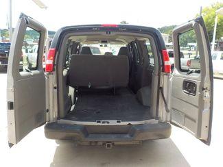 2006 GMC Savana Passenger Fayetteville , Arkansas 10