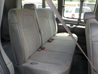 2006 GMC Savana Passenger Fayetteville , Arkansas 14