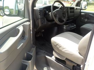 2006 GMC Savana Passenger Fayetteville , Arkansas 8