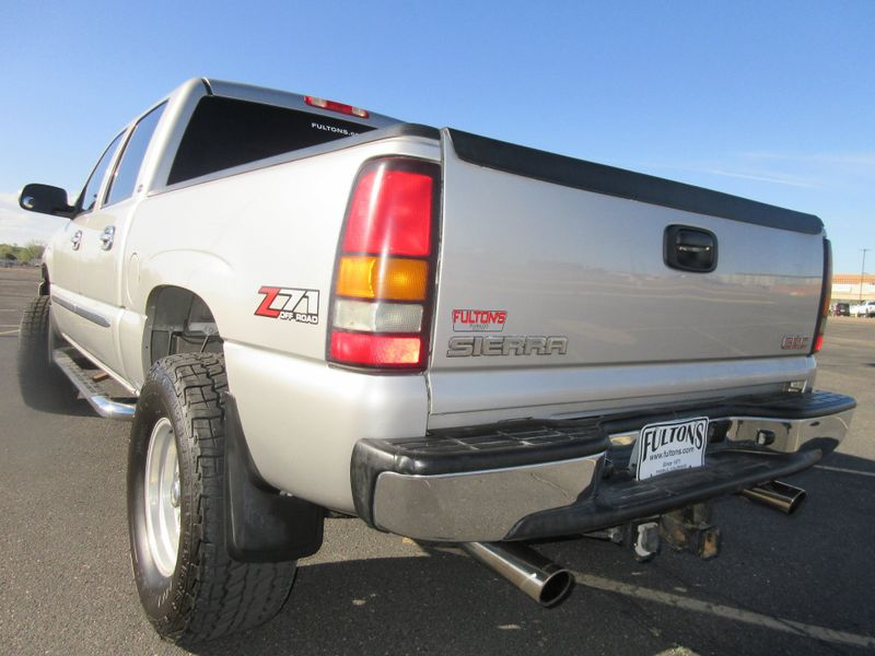 2006 GMC Sierra 1500 SLE Crew Cab 4X4 Lifted   Fultons Used Cars Inc  in , Colorado
