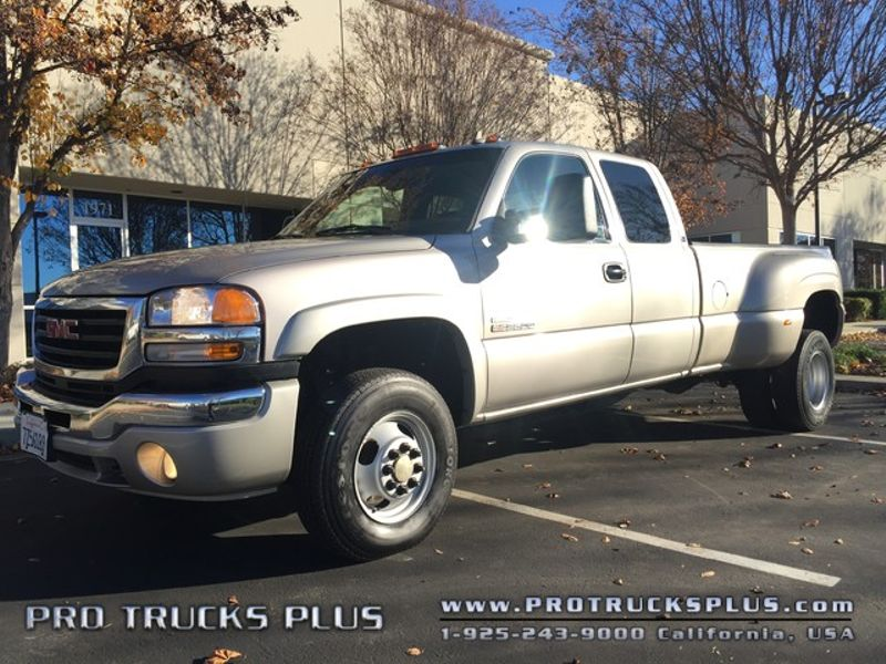 Sierra 3500 4x4 Duramax Diesel GMC 2006 SLE2 Dually 6 Speed Allison Low Miles  in Livermore California
