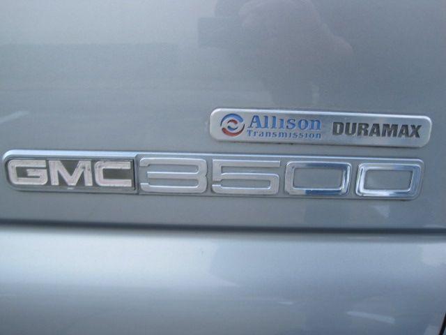 2006 Gmc/Chev Sierra 1 Ton Crew Cab Dually Slt Duramax Leather, Loaded Xtra/ Nice. in Plano, Texas 75074