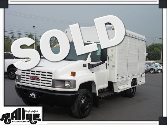 2006 GMC TC5500 Beverage Truck