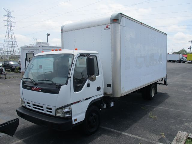 2006 GMC W3S042 W3500 DSL REG OBT AIR PWL
