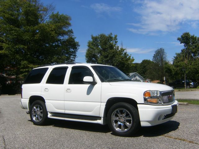 2006 GMC Yukon Denali in West Chester, PA 19382