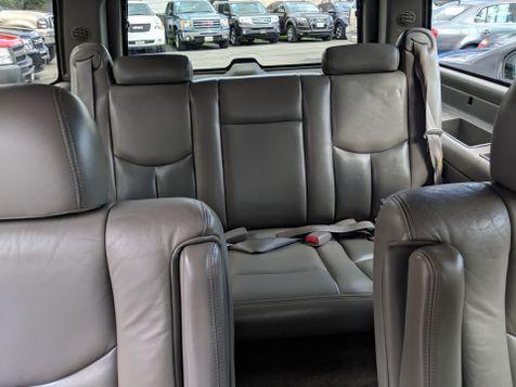 2006 GMC YUKON XL DENALI (*AWD/LEATHER/MOONROOF*)  in Campbell, CA