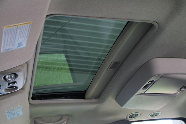 2006 GMC Yukon XL 2500 SLT 4x4 - NAV - REAR DVD - SUNROOF - 8.1L V8! Mooresville , NC 6