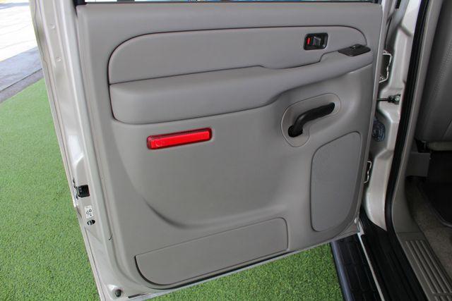 2006 GMC Yukon XL 2500 SLT 4x4 - NAV - REAR DVD - SUNROOF - 8.1L V8! Mooresville , NC 44
