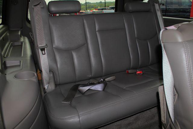 2006 GMC Yukon XL 2500 SLT 4x4 - NAV - REAR DVD - SUNROOF - 8.1L V8! Mooresville , NC 37