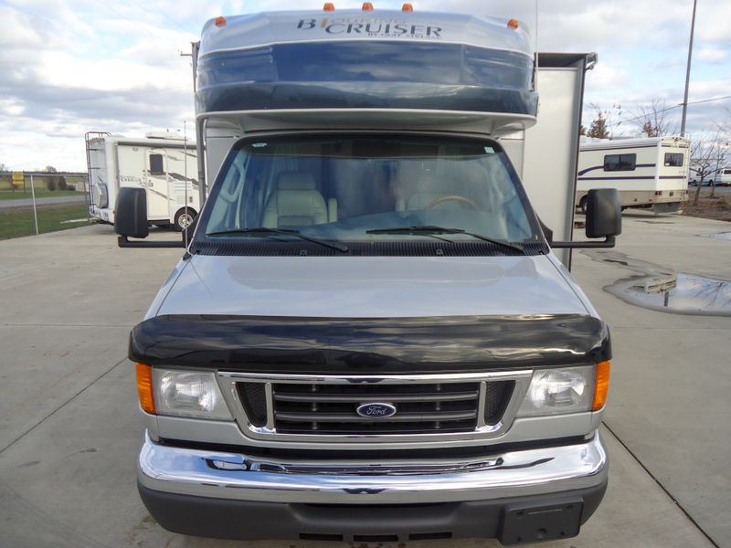 2006 Gulf Stream BT Cruiser 5230  in Sherwood, Ohio