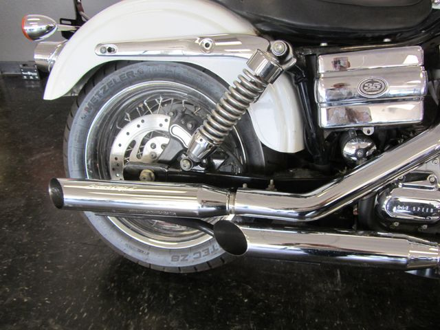 2006 Harley-Davidson Dyna Glide 35th Anniversary Super Glide® Arlington, Texas 11