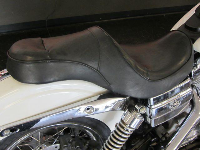 2006 Harley-Davidson Dyna Glide 35th Anniversary Super Glide® Arlington, Texas 17