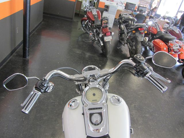 2006 Harley-Davidson Dyna Glide 35th Anniversary Super Glide® Arlington, Texas 21