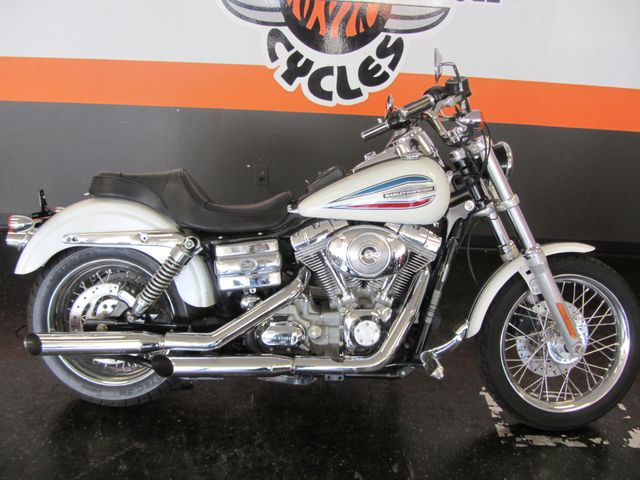2006 Harley-Davidson Dyna Glide 35th Anniversary Super Glide® Arlington, Texas 1