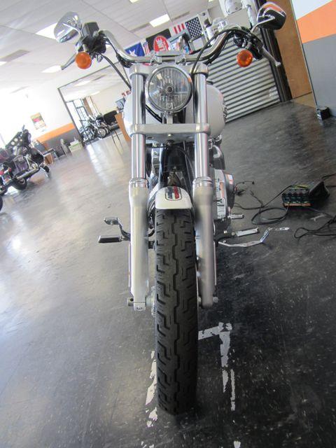 2006 Harley-Davidson Dyna Glide 35th Anniversary Super Glide® Arlington, Texas 29