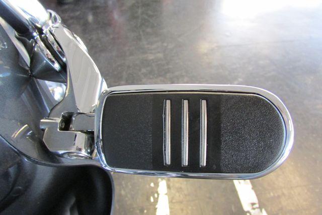 2006 Harley-Davidson Electra Glide® Ultra Classic® Arlington, Texas 24