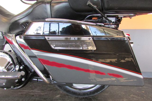 2006 Harley-Davidson Electra Glide® Ultra Classic® Arlington, Texas 51