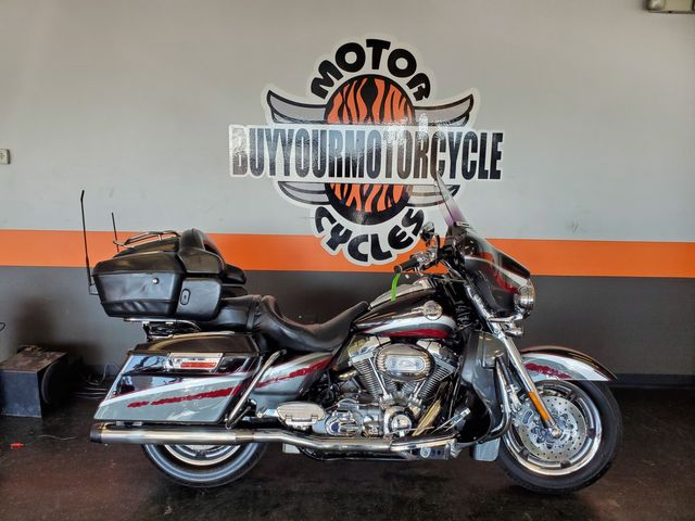 2006 Harley-Davidson Electra Glide Ultra Classic SCREAMIN` EAGLE in Arlington, Texas 76010