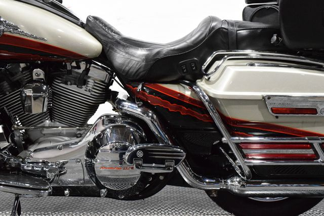 2006 Harley-Davidson FLHTCUSE - Screamin' Eagle Ultra Classic in Carrollton TX, 75006