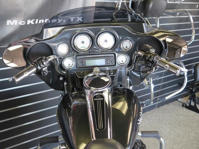 2006 Harley-Davidson FLHX Street Glide in McKinney, Texas 75070