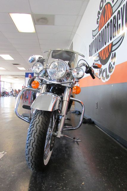 2006 Harley-Davidson Road King® Classic Arlington, Texas 3
