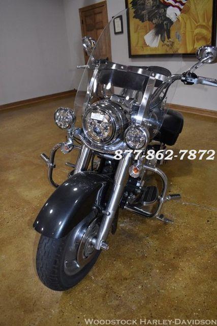 2006 Harley-Davidson ROAD KING CUSTOM FLHRSI ROAD KING CUSTOM Chicago, Illinois 4
