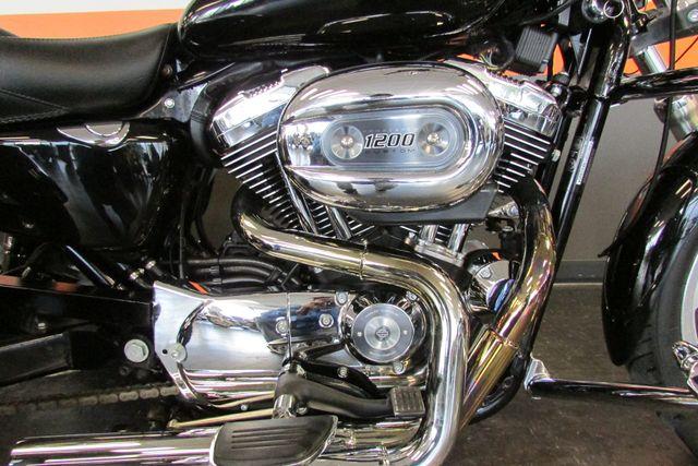 2006 Harley-Davidson Sportster® 1200 Custom Arlington, Texas 16