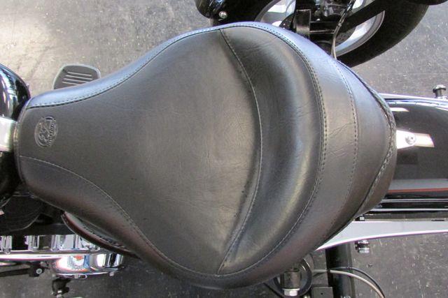 2006 Harley-Davidson Sportster® 1200 Custom Arlington, Texas 20