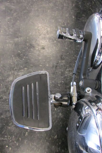 2006 Harley-Davidson Sportster® 1200 Custom Arlington, Texas 33