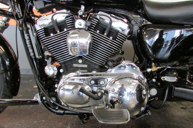 2006 Harley-Davidson Sportster® 1200 Custom Arlington, Texas 35