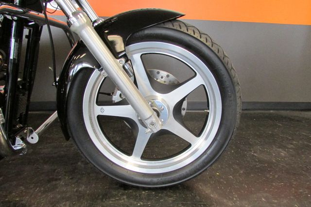 2006 Harley-Davidson Sportster® 1200 Custom Arlington, Texas 6