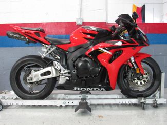 2006 Honda CBR1000RR in Dania Beach , Florida 33004
