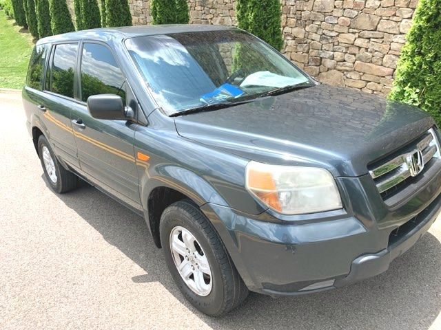 2006 3rd Row Carfax Price $5050 Our Price Is $4200! Pilot- LX