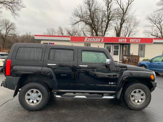 2006 Hummer H3 4d SUV Luxury in Coal Valley, IL 61240
