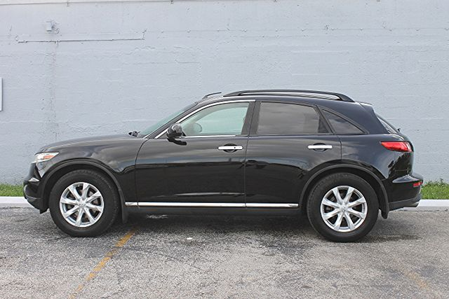 2006 Infiniti FX35 Hollywood, Florida 9