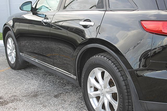 2006 Infiniti FX35 Hollywood, Florida 8