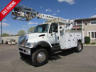 2006 International  7300 4x4  AT-40C Bucket Truck in St Cloud, MN